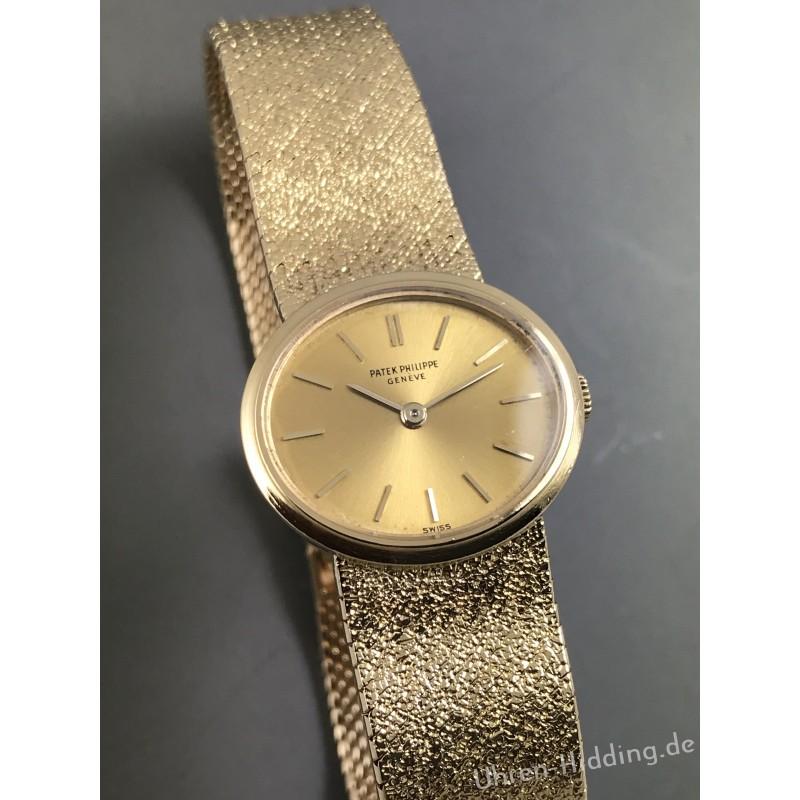 Patek Philippe Ladies wrist watch Ref. 3349/1 18ct Gold