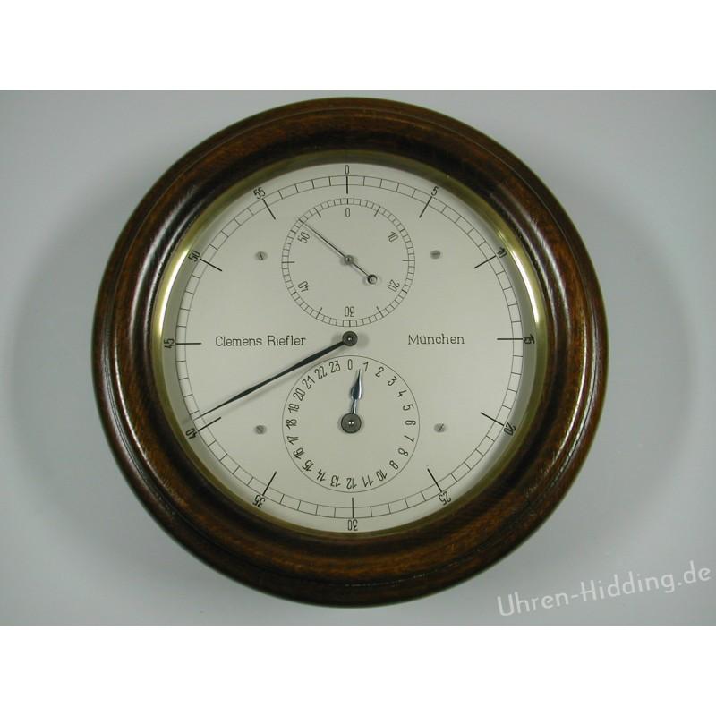 Riefler secondary clock