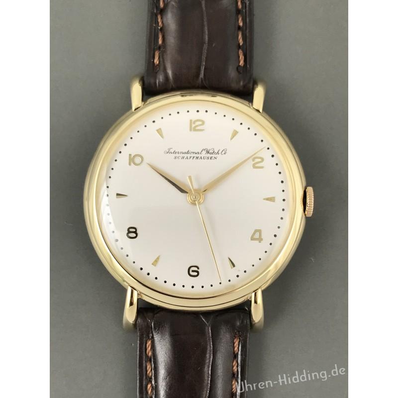 IWC   Cal. 89 18ct-yellow-gold wrist-watch